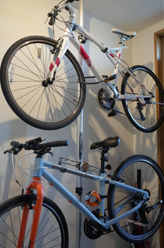 ミノウラのバイクタワー20を買ったので激安バイクタワーとくらべてみます。